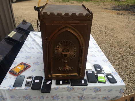 tabernacle_phones_lg